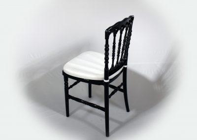 Silla napoleon negra con cojin