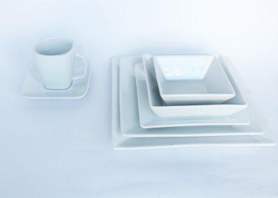 Vajilla cuadrada corona: plato fuerte, plato torta, plato pocillo, taza, consome, taza sopa, pocillo