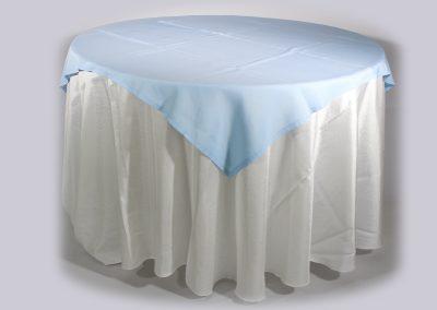 Tapa sencilla cuadrada azul cielo 150 x 150 cm