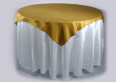Tapa sencilla cuadrada dorada chantu 150 x 150 cm