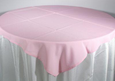 Tapa galleta cuadros rosados 150 cm x 150 cm